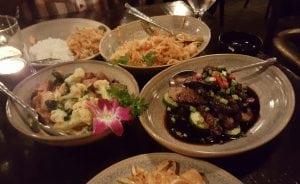 De Thai Cuisine Marda Loop Thai food restaurant sw Calgary