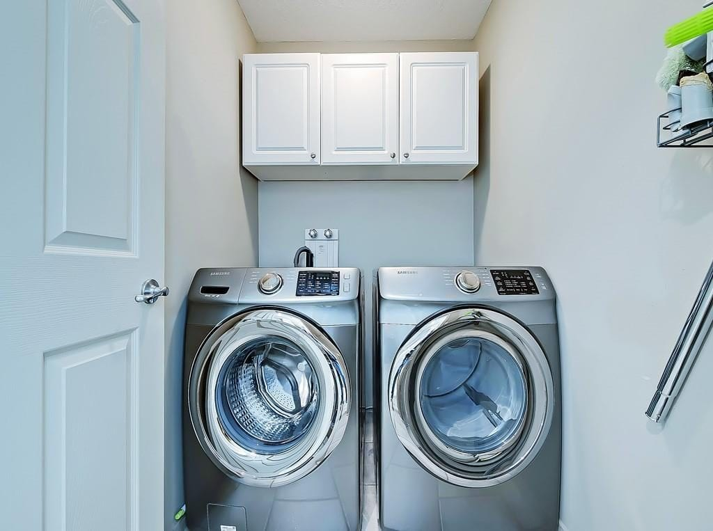 hillhurst home for sale laundry room upstairs best calgary homes