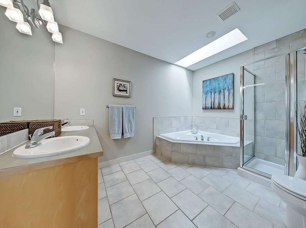 hillhurst home for sale master bathroom best calgary homes
