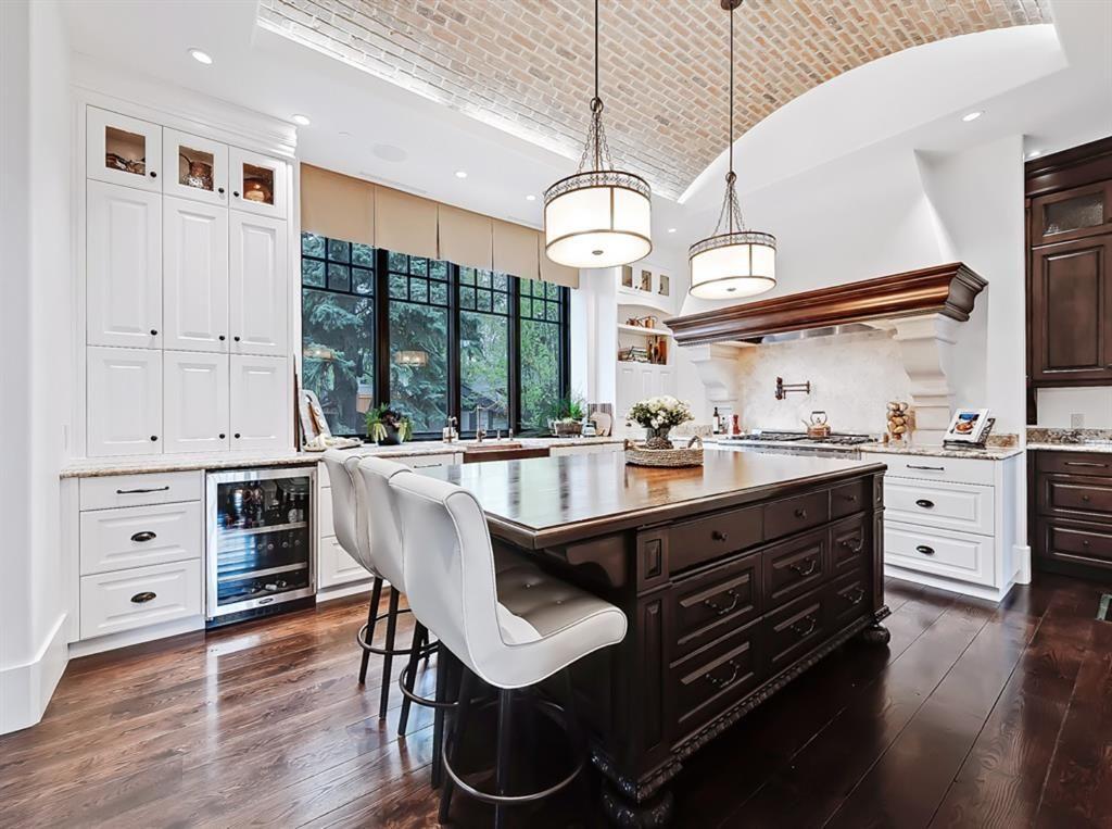 4219 14th Street SW - Altadore LUXURY listing - kitchen